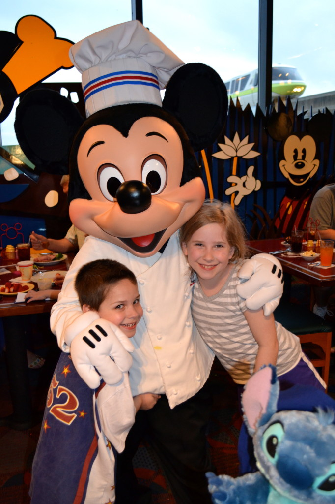 Chef-Mickeys-Disney-World-Mama-Luvs-Books