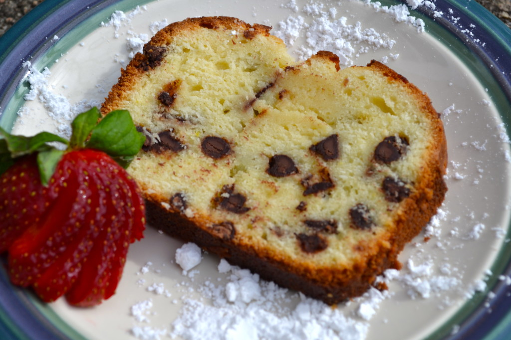 Sour-Cream-Chocolate-Chip-Pound-Cake