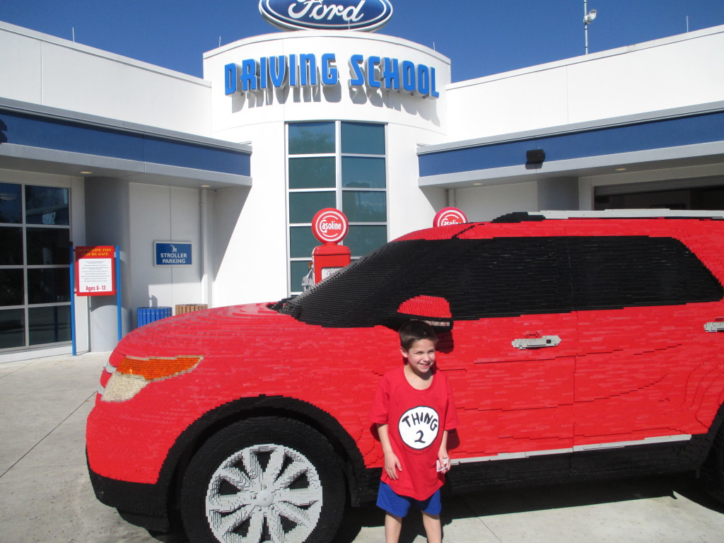 FORD-DRIVING-SCHOOL-LEGOLAND