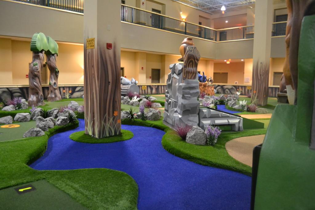 Great-Wolf-Lodge-Mini-Golf