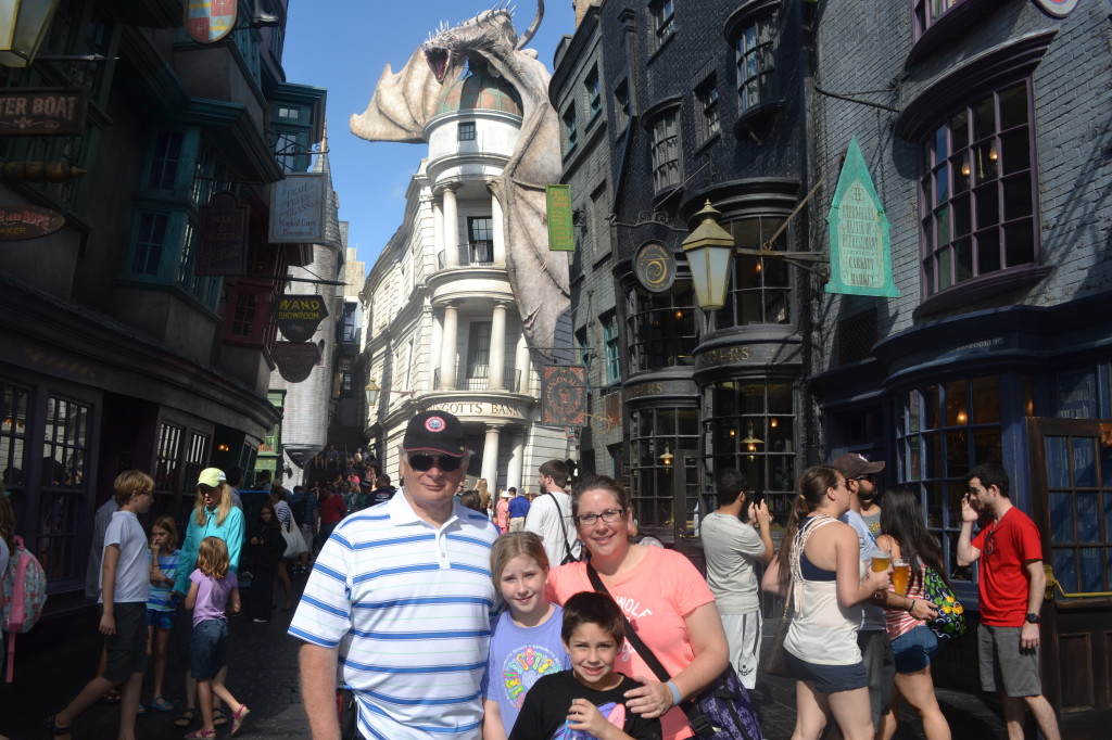 Diagon-Alley-Universal-Mama-Luvs-Books